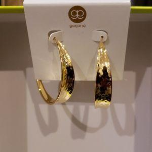 Gorgana leo hoop earrings